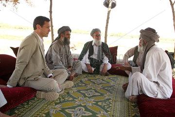 Kanam  Afghanistan  Zusammenkunft und Beratung