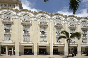 historische Gebaeude im Kolonialstil in der Altstadt von Guayaquil  Ecuador  Suedamerika