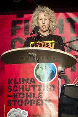 Demo zur UN-Klimakonferenz Bonn 2017 - Greenpeace-Geschaeftsfuehrerin Jennifer Morgan