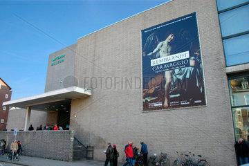Amsterdam. Van Gogh Museum  Rembrandt - Caravaggio