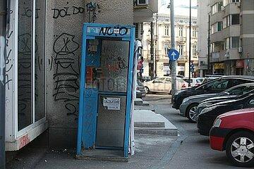 Kaputte Telefonzelle in Bukarest