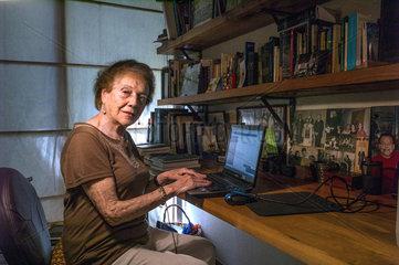 Monica Echeverria Yañez
