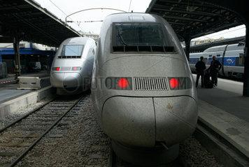 Paris  zwei TGV POS