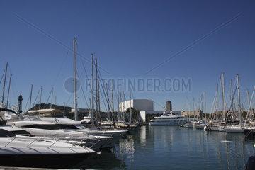 Port Vell  den alten Hafen Barcelona