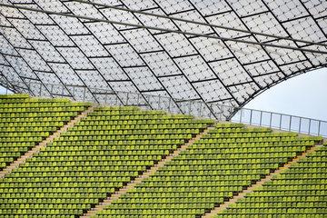 Muenchen  Deutschland  Sitzreihen im Olympiastadion