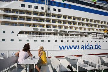 Rostock-Warnemuende  Deutschland  Kreuzfahrtschiff Aida