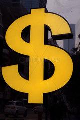 Hong Kong  China  Waehrungszeichen US-Dollar