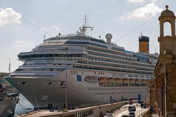 Valletta  Republik Malta  Kreuzfahrtschiff Costa Pacifica im Hafen