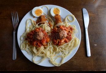 Templin  Deutschland  Teller mit stilisiertem Spaghettimonster