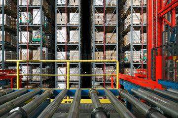 Hamburg  Deutschland  Hochregallager der Firma Suederelbe Logistik