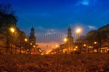 Fernsehturm und Frankfurter Tor