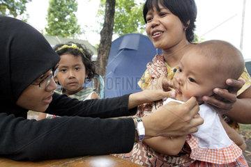 Gantiwarno  Indonesien  Care Medical Point fuer Erdbebenopfer