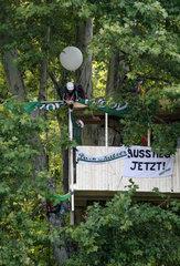 Stuttgart  Deutschland  Protestaktion der Umweltschutzorganisation Robin Wood gegen Stuttgart 21