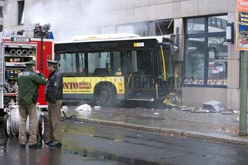 Unfall mit BVG-Bus