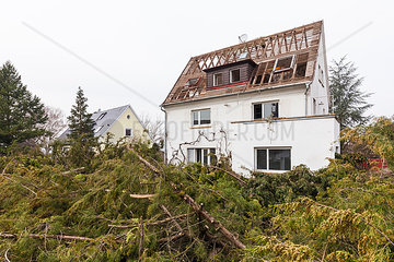Germany  Stuttgart  demolition of a detached house