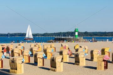 Schleswig-Holstein  Luebeck Travemuende. Blick ueber den Strand.