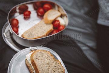 Vegetarischer Snack in Brotdose