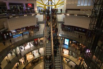 Barcelona  Spanien  Rolltreppen im Einkaufszentrum Las Arenas de Barcelona