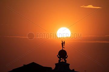 Sonnenuntergang ueber der Punta della Dogana  Venedig I