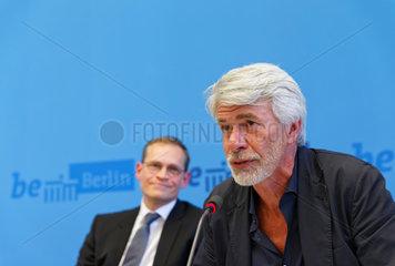 Berlin  Deutschland  Chris Decron und Berlins Buergermeister Michael Mueller