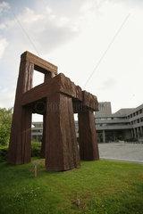 Luxemburg  Grossherzogtum Luxemburg  Skulptur vor d. Europaeischen Investitionsbank  EIB