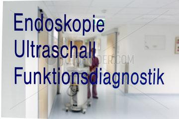 Krankenhaus - Station fuer Endoskopie  Ultraschall und Funktionsdiagnostik