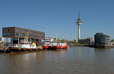 Alter Vorderhafen und Richtturm Bremerhaven