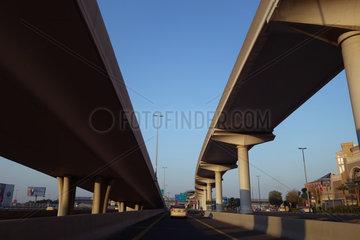 Dubai  Vereinigte Arabische Emirate  Highways in der City