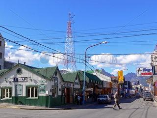 Argentinien  Patagonien: Kreuzung in Ushuaia