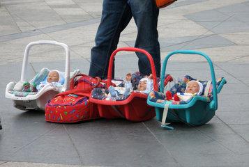 Puppenverkaeufer