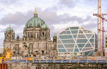Berliner Dom + Humboldt-Box