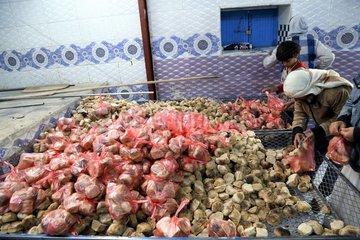 YEMEN-SANAA-FAMINE-BREAD DISTRIBUTION