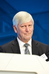Berlin  Deutschland - Rolf Martin Schmitz  Vorstandsvorsitzender der RWE AG.