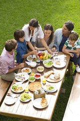 Family and friends gather for vacation picnic