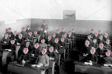 Schulklasse  alle Jungen  ca. 1920