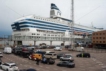 Helsinki  Finnland  Kreuzfahrtfaehre am Olympia Terminal