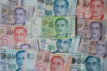 Singapur  Republik Singapur  Singapur-Dollar Banknoten in unterschiedlicher Stueckelung