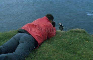 Fotograf beobachtet Voegel