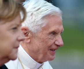Berlin  Deutschland  Papst Benedikt XVI und Bundeskanzlerin Angela Merkel (CDU)