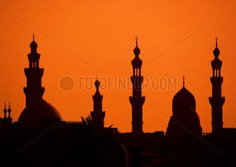 Moscheen in Kairo im Abendlicht