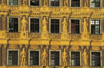 Fassadenbemalung an einem Breslauer Haus