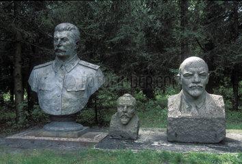 B__sten von Stalin und Lenin