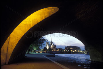Paris - Ile de la Cité mit Notre Dame