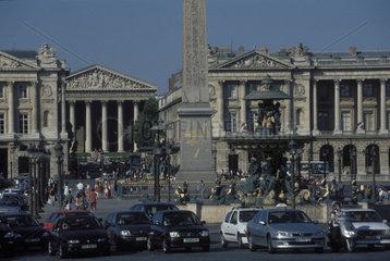 Verkehr auf dem Place de la Concorde