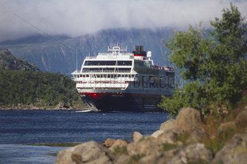 Norwegen: Hurtigrute auf dem Raftsund
