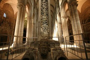 Inneres der Kathedrale von Santiago de Compostela - Camino de Santiago
