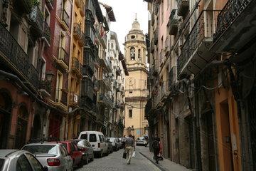 Strassenszene in Pamplona auf dem Jakobsweg - Camino de Santiago