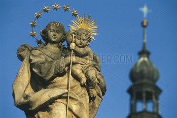 Polen - Schlesien: Skulptur in Ottmachau - Otmuchów