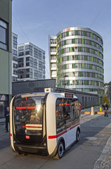 Autonom fahrenden Bus