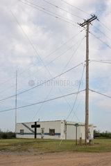 Hydro  USA  Strommast mit Oberleitungen